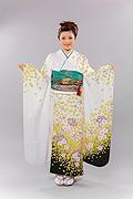 1335 白系 裾緑ラメ入り黄色花柄 サムネイル