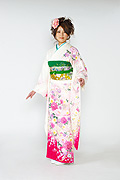 1512 白系 ラメ入り牡丹、桜、リボン柄 tt-b柄 サムネイル
