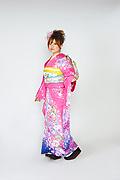 1599 ピンク系 濃いピンク裾紺紫、桜柄 サムネイル