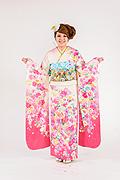 1662 白系 ラメ入り裾ピンク リボン桜柄 サムネイル