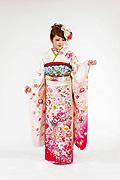 1706 白系 ラメ入り裾ピンク、リボン花柄 サムネイル
