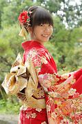 1814 赤系 花てまり・すそピンク背面写真
