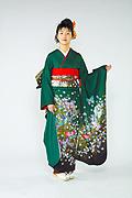 610 緑系 深グリーン小花、蝶柄 サムネイル